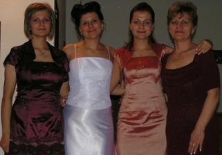 ženské mojej rodiny- mamča, Danča, Ivča a Janča /z prava/