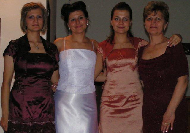 Ivka Sigutová{{_AND_}}Vladko Rumpeľ - ženské mojej rodiny- mamča, Danča, Ivča a Janča /z prava/