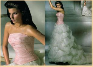 další možnost, co mám, je tento korzet a sukně na další fotce- salon Tosca Brno