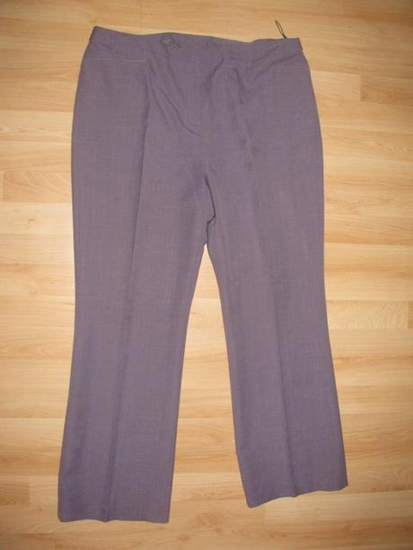 Fialové nohavice so 70 percen. zľavou - Obrázok č. 1