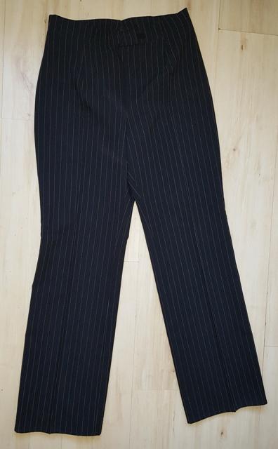 Čierno - biele nohavice - Obrázok č. 1