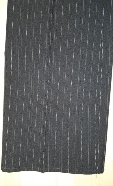 Čierno - biele nohavice - Obrázok č. 3