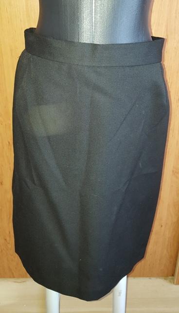 Čierna sukňa - Obrázok č. 1