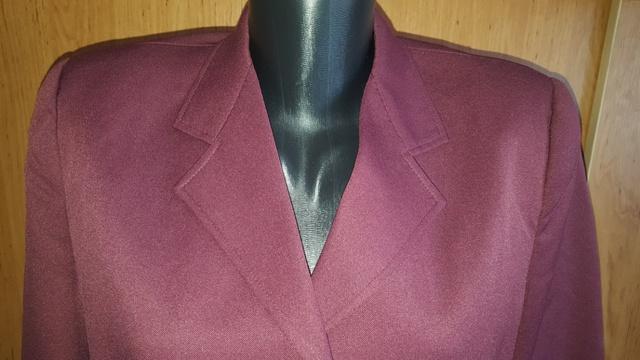 Bordový kostým 3 kombinácia - Obrázok č. 2