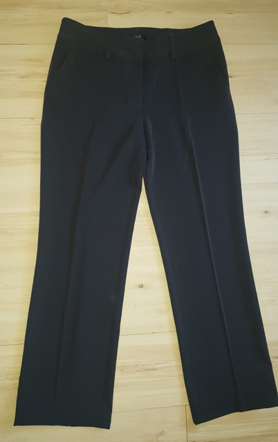 Bledočierne nohavice - Obrázok č. 1
