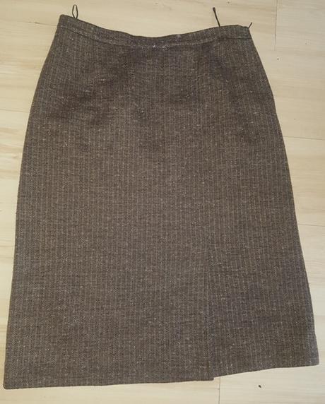 Hnedo - čierna sukňa - Obrázok č. 1