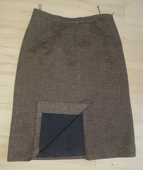 Hnedo - čierna sukňa - Obrázok č. 2