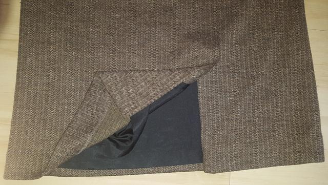 Hnedo - čierna sukňa - Obrázok č. 4
