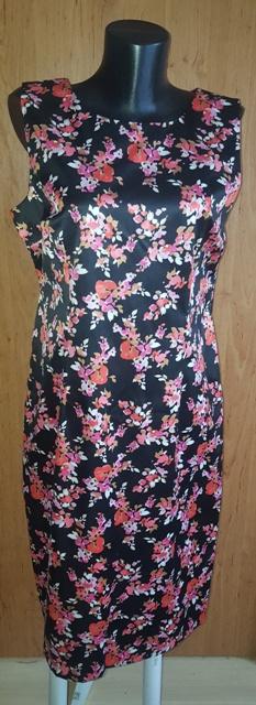 Čierne šaty s kvetinkami - Obrázok č. 1