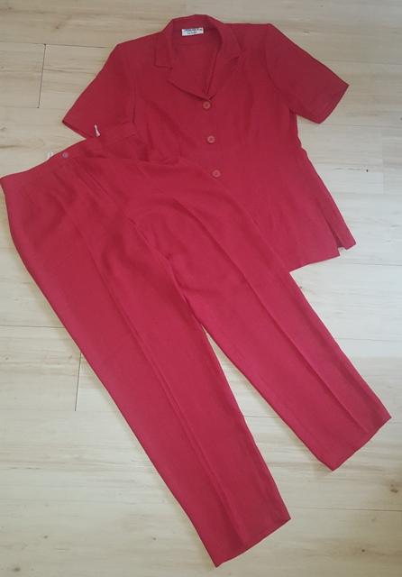 Červený letný kostým - Obrázok č. 1