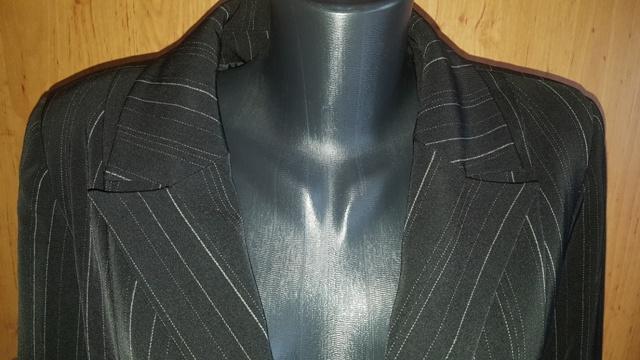 Čierny kostým 4 kombinácia - Obrázok č. 3