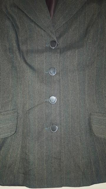 Kostým v odtieňoch zelenej - Obrázok č. 4