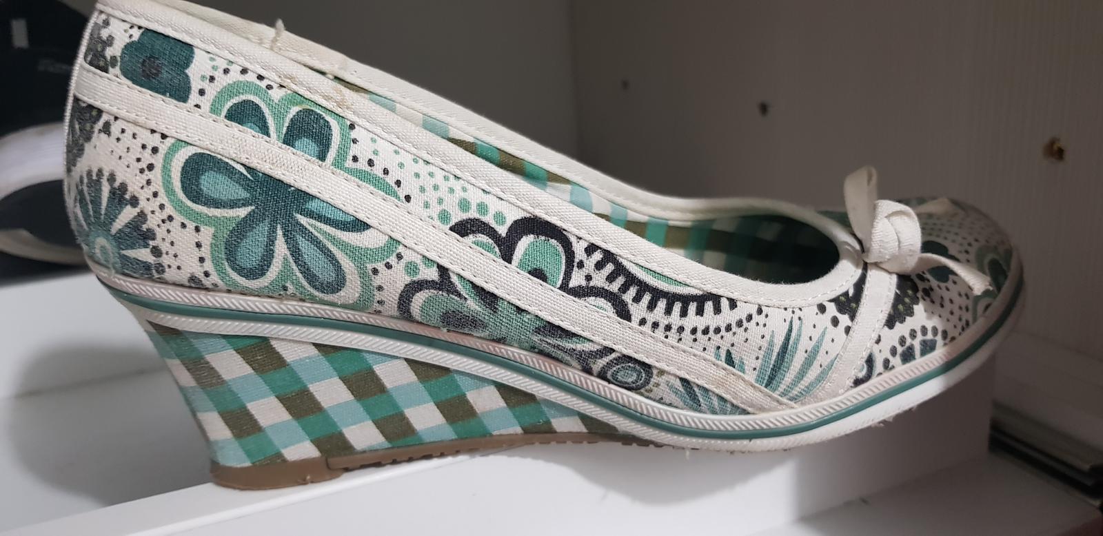 Bielo - zelené lodičky - Obrázok č. 1