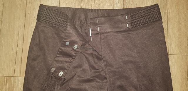 Hnedé nohavice - Obrázok č. 4