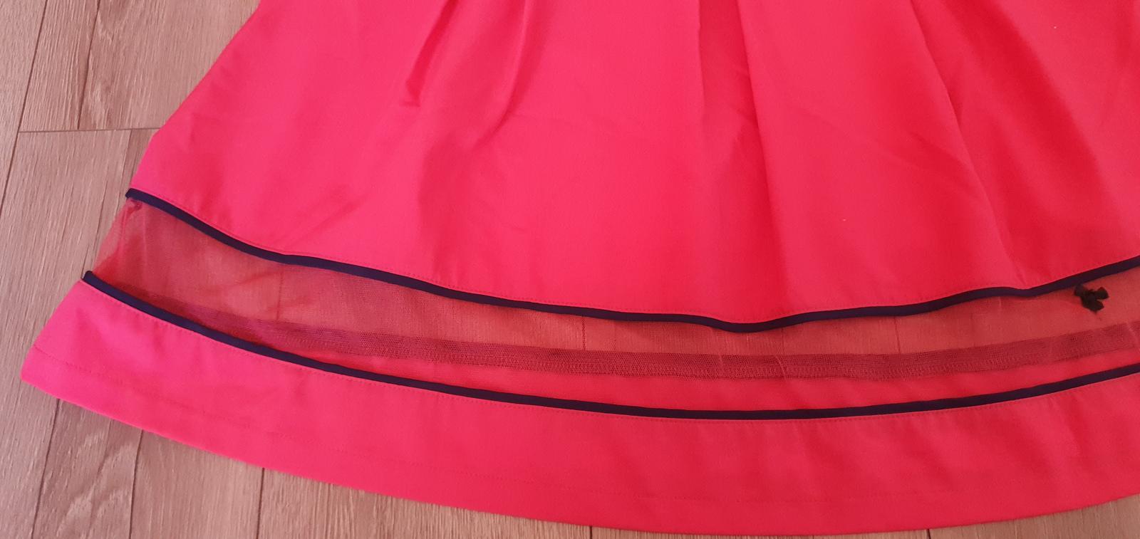 Červené šaty - Obrázok č. 4