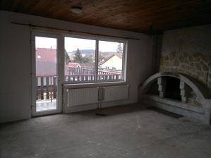 Obývací pokoj a POZOR - krb Bořka stavitele :-)
