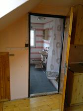 Podkroví, koupelna s WC