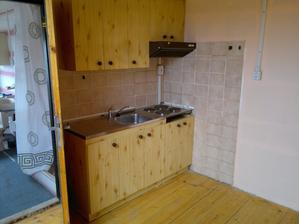Podkroví, kuchyňský kout