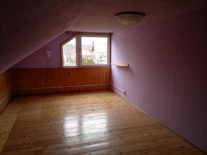 Podkroví, pokoj 1