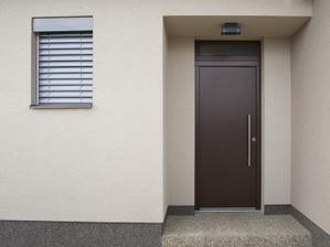 mozno vchodove dvere