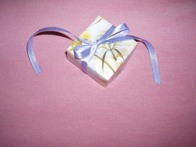 I&M - takuto krabicku s cukrikmi dostanu nasi hostia za radovy tanec