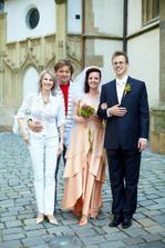 Janička a Milo Maxim, díky za oblečení ženicha :-)