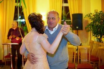Tanec s tatínkem manžela (od Kamila Jursy)