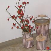 Sada proužkované keramiky.,
