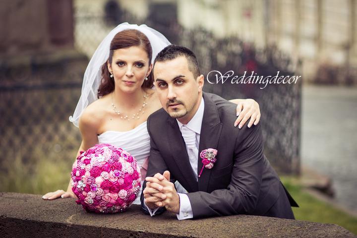 Naše spokojné zákazníčky a naše výrobky :) - Nevesta Marianna - kytica pre nevestu, pierko pre ženícha