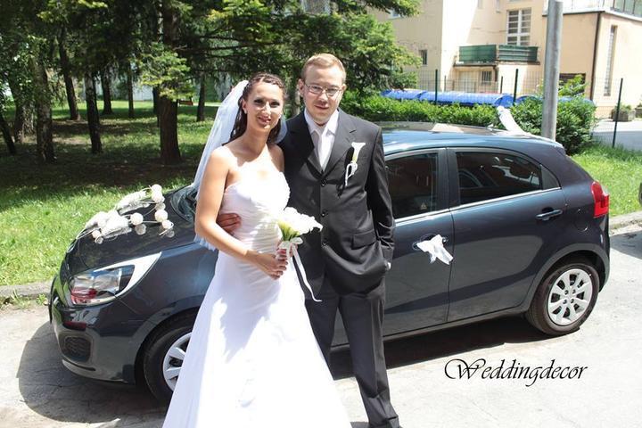 Naše spokojné zákazníčky a naše výrobky :) - Nevesta Zuzka - výzdoba na auto