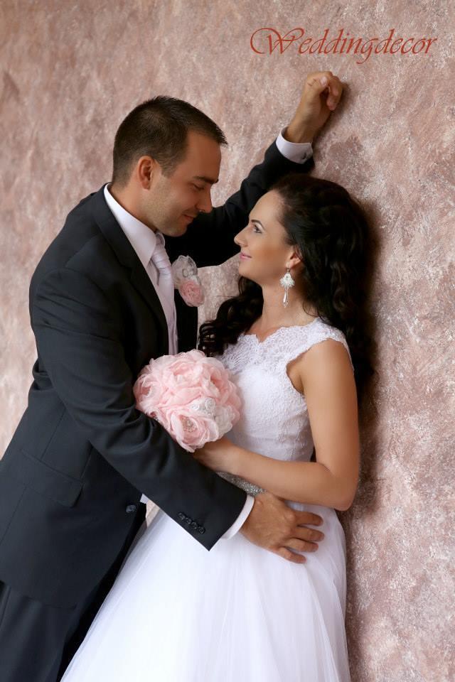 Naše spokojné zákazníčky a naše výrobky :) - Nevesta Mirka - kytička a pierko pre ženícha