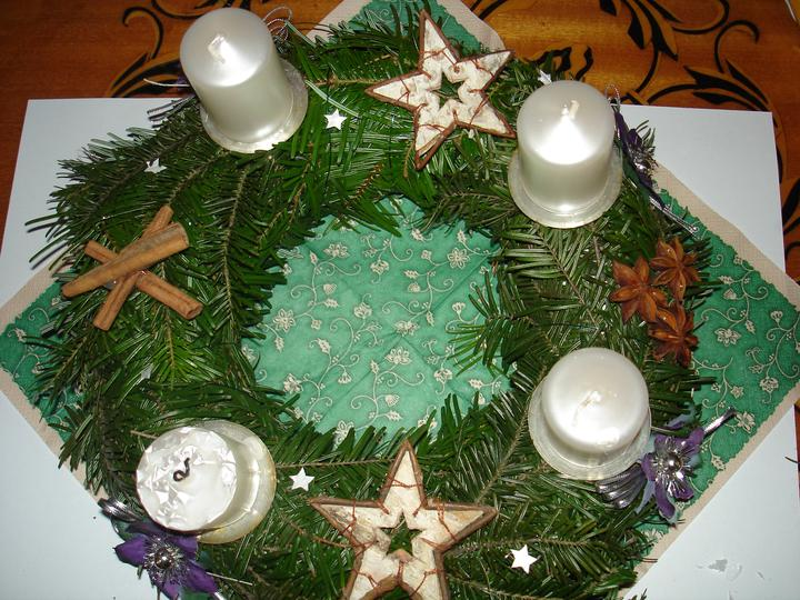 Vánoce 2010 - náš adventní věnec