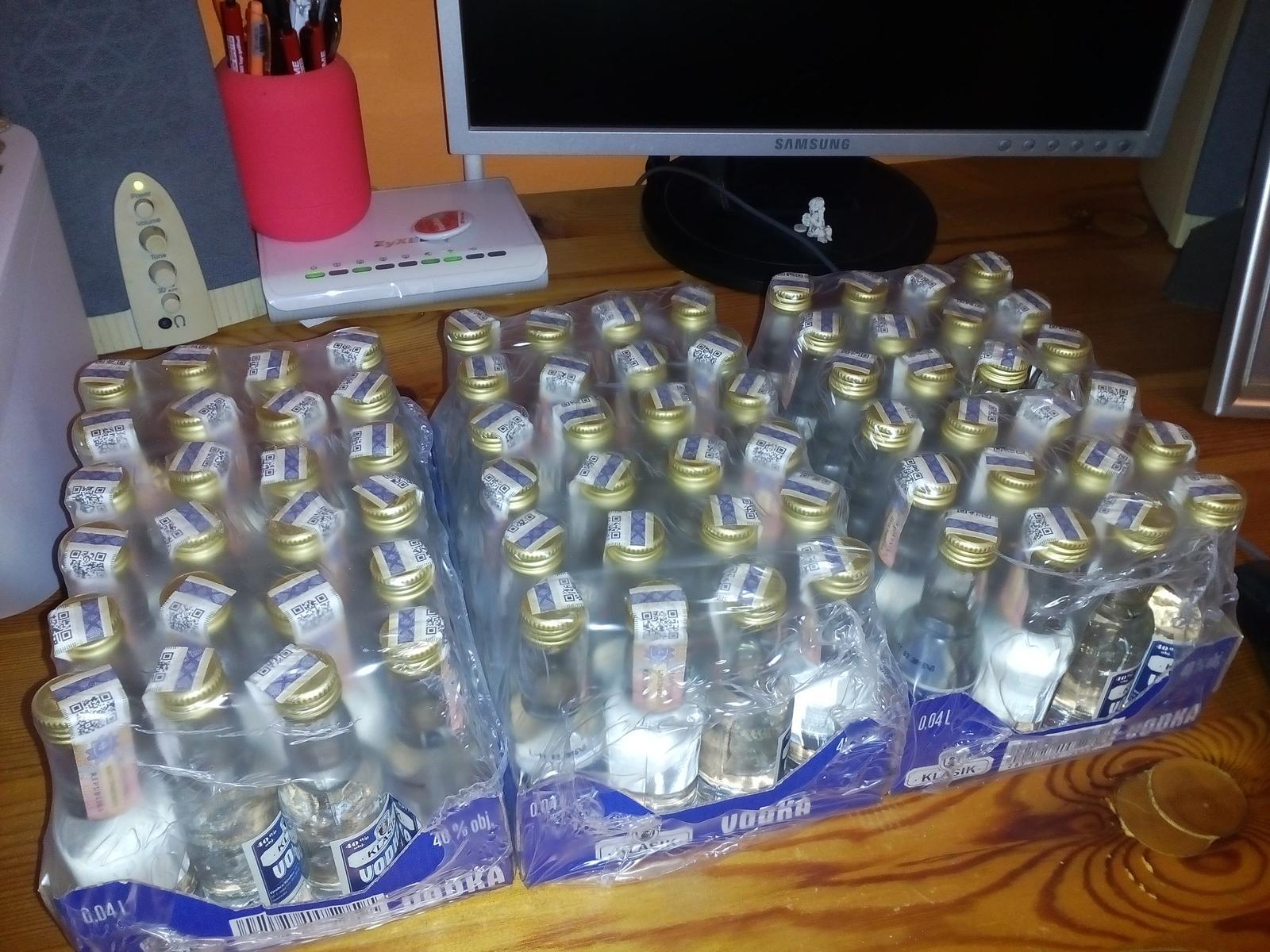 Zienky vcera som nakupovala darceky pre nasich chlapov na redovy :) V METRE maju akciu na alko :) - Obrázok č. 2