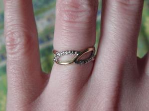 detail mého prstýnku..