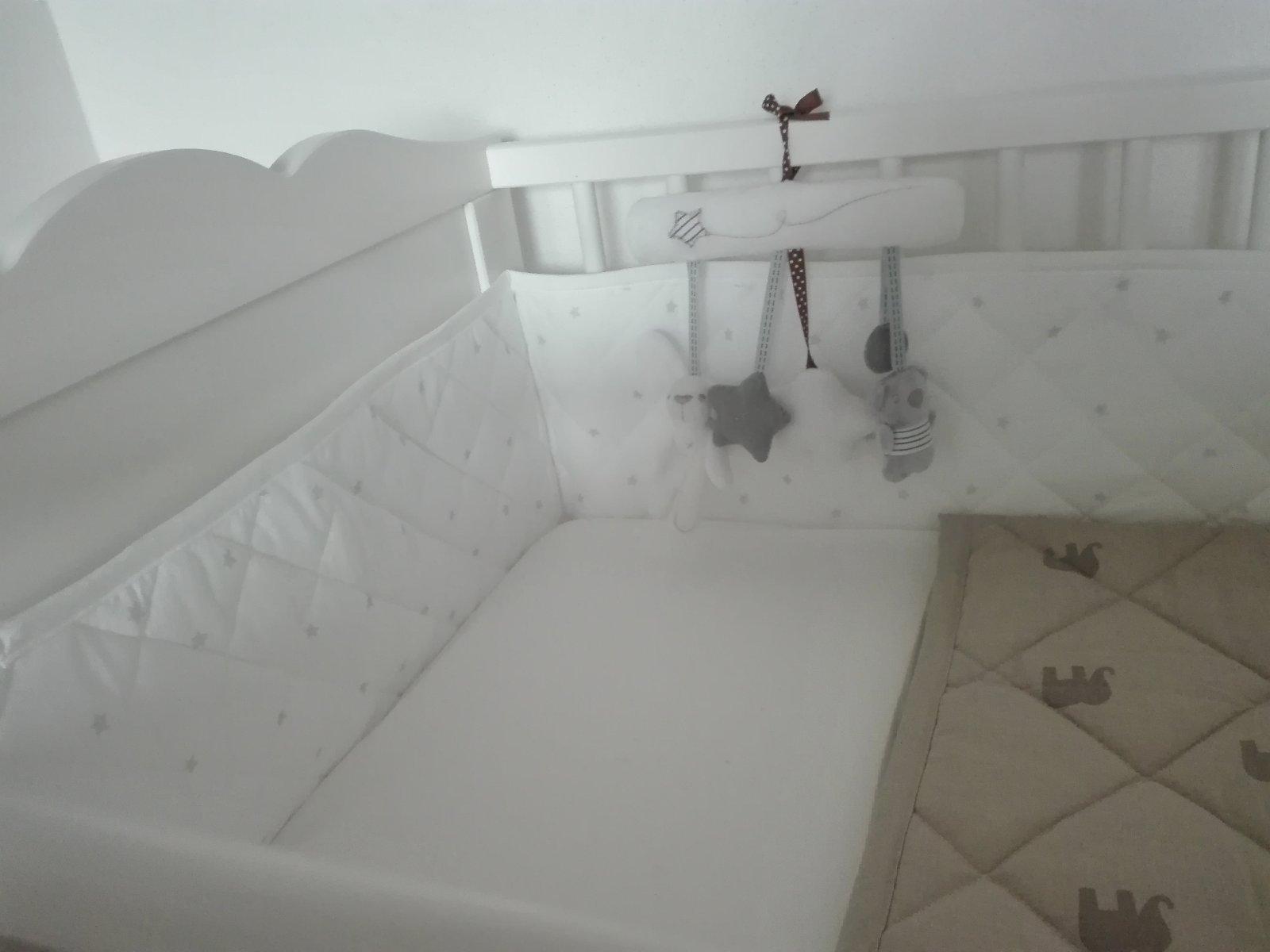 Doma - kromě bazénu a koupelny se u nás připravuje i něco dalšího.....