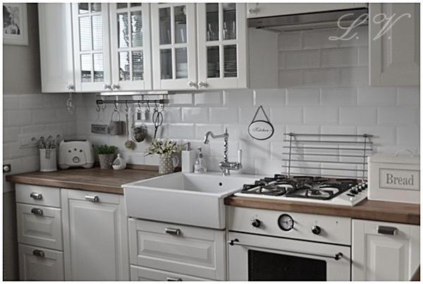 Jakou byste zvolili   Kuchyně -> Kuchnia Ikea Bobdyn