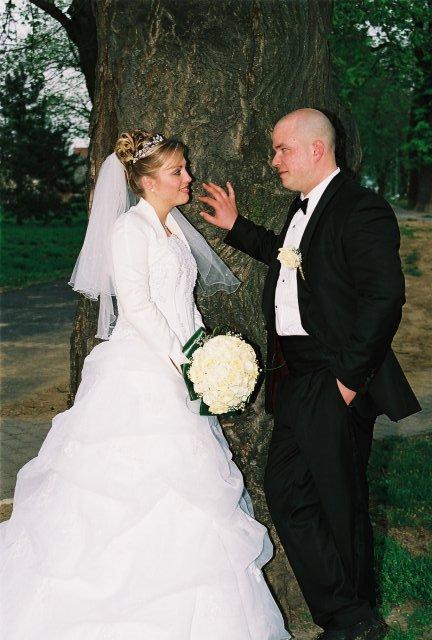 Lucia{{_AND_}}Jarino - šťastný manželia - sľubujú si vernú lásku a šepkajú si...