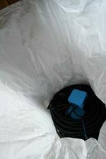 26/04 - Dnes prisla fajn zasielka - 260kg elektrickych kablov (uz predkablovanych).
