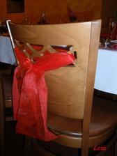 nazdobená židlička
