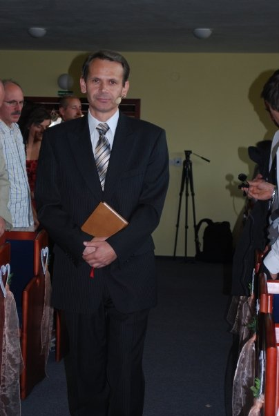 Daniela Kapustova{{_AND_}}Wilfredo Chavez Arroyo - kazatel