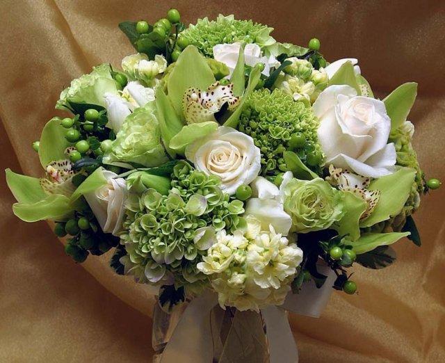 Voňavý sen alebo tá pravá kytica pre mňa :-) - Tu je viac zelenej ako bielej...asi chcem viac bielej, čo vy na to?
