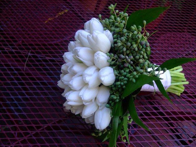 Voňavý sen alebo tá pravá kytica pre mňa :-) - Tulipány sú moja srdcová záležitosť od malička, ale viac sa mi páčia v peknej kytičke na stole...