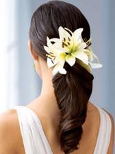 Jednoduché a efektní, nutné jsou zcela zdravé lesklé vlasy a konečky v perfektním stavu