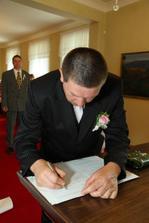 podpis manžela