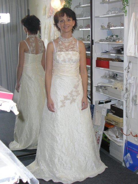 Hlavně šaty - Obrázek č. 25