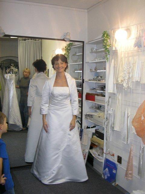 Hlavně šaty - Obrázek č. 27