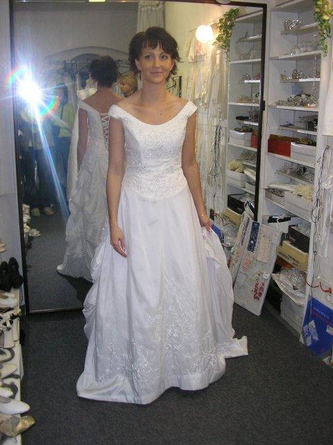 Hlavně šaty - Obrázek č. 29