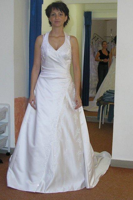 Hlavně šaty - Obrázek č. 38