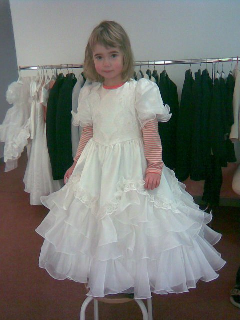 Hlavně šaty - družičku
