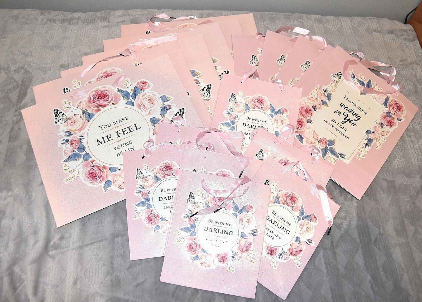 Wedding Time - krásne tašky z pepca, v ktorých budú darčeky pre družičky, svedkov, svadobné maminky :)